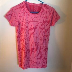Lululemon Pink Camouflage Athletic Shirt Size 4